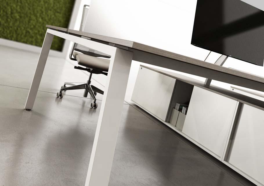 s3-desk-leg-detail.jpg