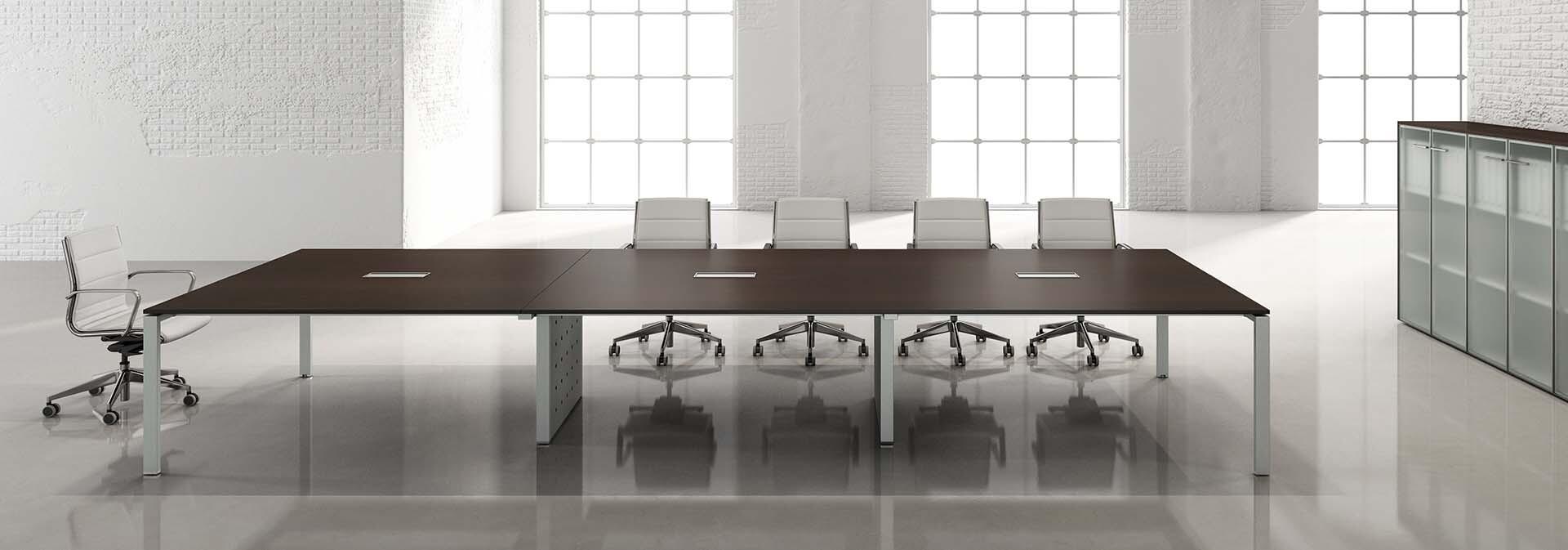 sedicinoni-meeting-table-02.jpg